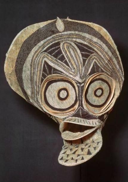 Oceania - Kavat Mask (New Britain, PNG, 1890 - 1913)